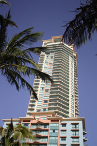 crown-towers-surfers-paradise