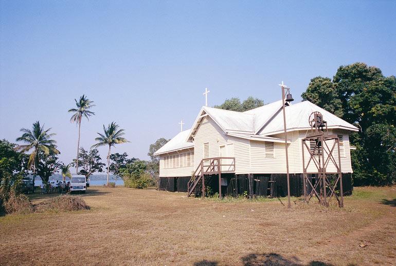 Tiwi_church_2642