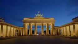 Brandenburg-Gate-18