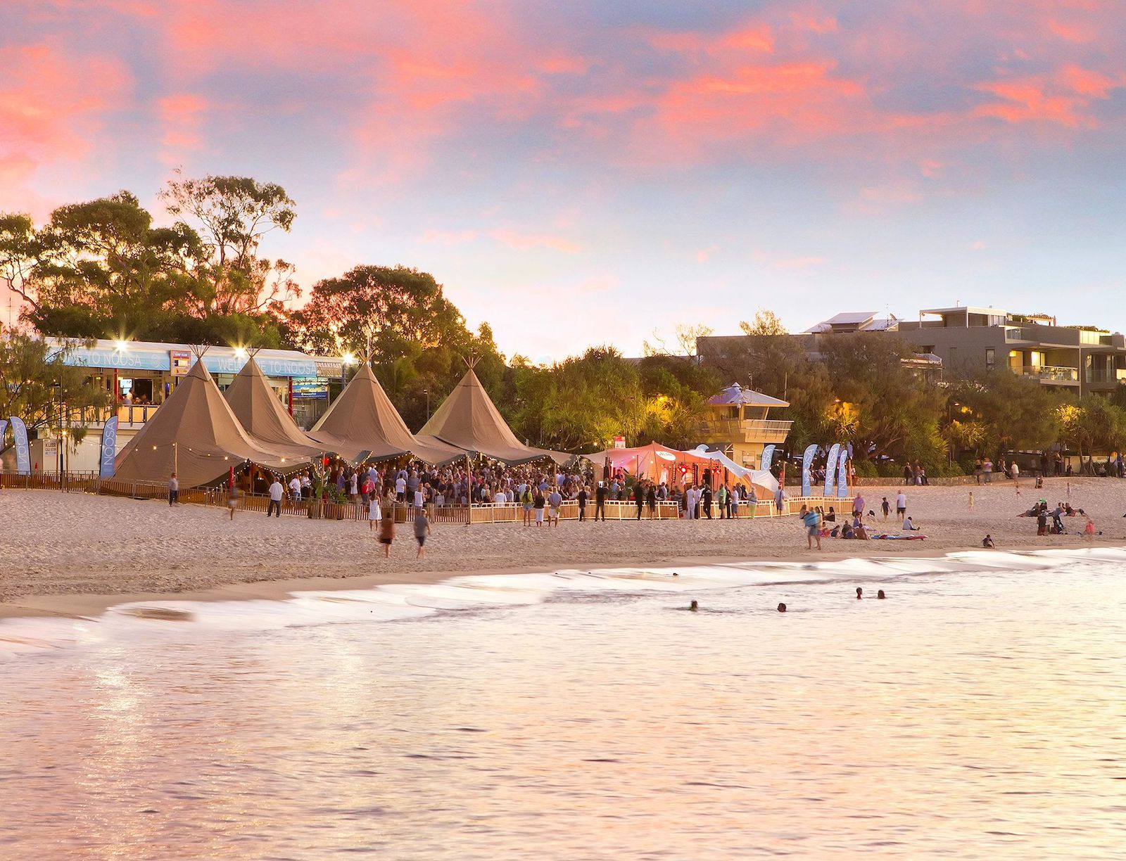 Tipis on Noosa Beach