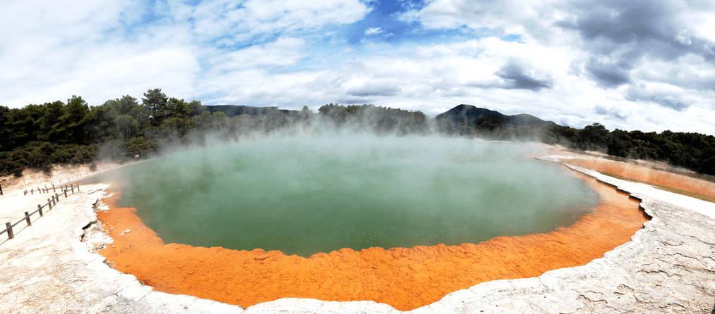 Sources géothermiques de Nouvelle-Zélande