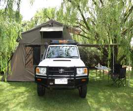 Britz Safari Landcruiser 4WD Campervan